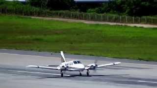 Piper PA-34-200 Seneca PT-JSQ CHB takeoff at SBBH/PLU