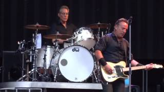 Bruce Springsteen - Lost in the flood - Wembley 15.6.2013