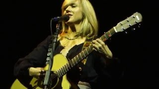 Liz Phair - Why Can't I? (Acoustic) – Live in San Francisco