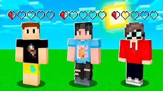 Minecraft But We Share HEALTH Between 3 People