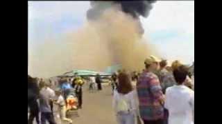 Авиакатастрофа в Скнылове Львов(любительская сьёмка., 2012-07-22T11:40:20.000Z)