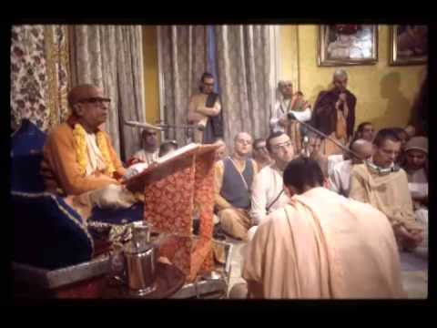 Soul is Different from the Gross Body and the Subtle Body - Prabhupada 0427