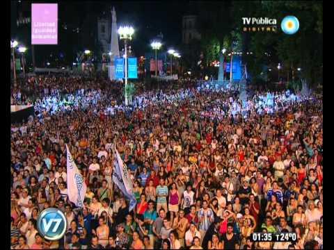 """Visión 7: Plaza de Mayo: Carlos Vives en la """"Fiesta Patria Popular"""""""