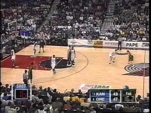 12/7/2002:  #13 Kansas Jayhawks vs.  #6 Oregon Ducks
