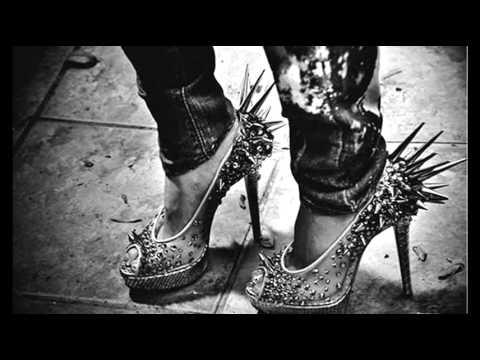 Такие классные туфли на каблуке с шипами