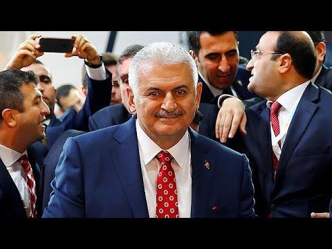 Binali Yıldırım AK Parti'nin Yeni Genel Başkanı Oldu
