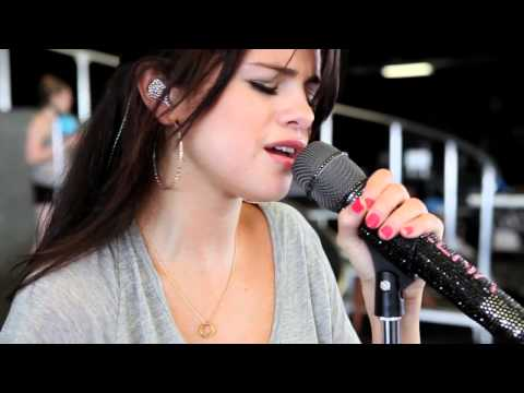 selena-gomez-we-own-the-night-middle-of-nowhere