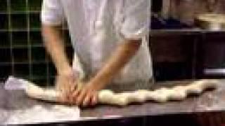 Приготовление домашней лапши по-китайски(Домашняя лапша очень хороша :), 2007-09-19T02:34:55.000Z)