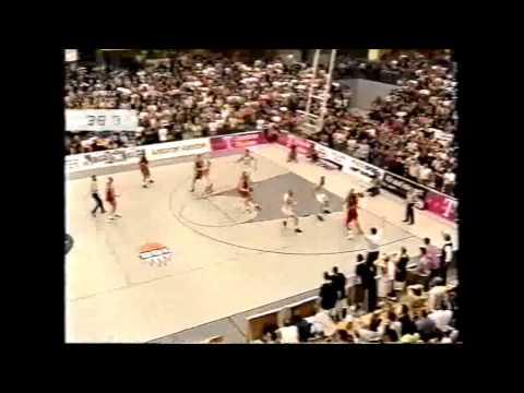 Telekom Baskets Bonn vs. TV Tatami Rhöndorf