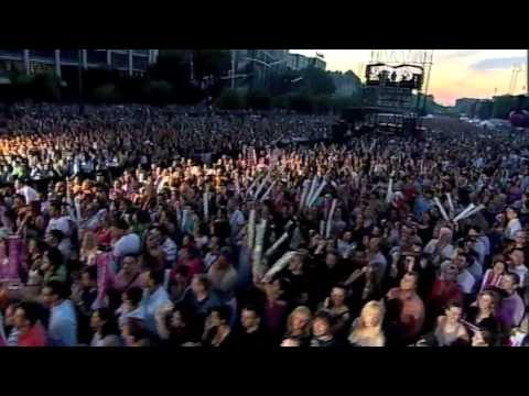 Simply Red - Fake   Live from Budapest June 27th 09