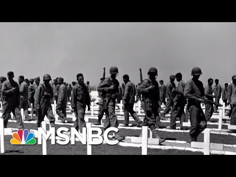 Veteran-Turned-Senator Reminds Us What Memorial Day Is All About | The 11th Hour | MSNBC
