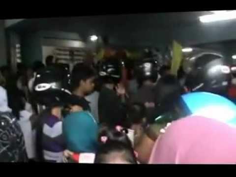 Lomba Drumband dan Fashion Road Tingkat SD dan SMP di Pontianak