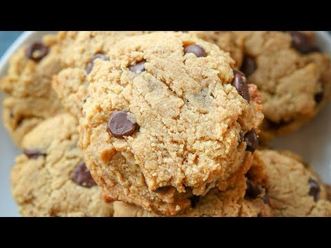 keto-cookies-in-15-minutes-|-peanut-butter-chocolate-chip-keto-cookies-using-almond-flour