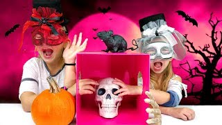 Video What's In The BOX Challenge!!! - HALLOWEEN Edition!!! download MP3, 3GP, MP4, WEBM, AVI, FLV Oktober 2017