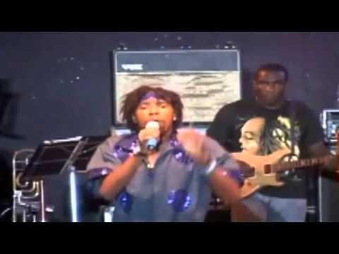 Lyrical Reds   Plug um Een, Live! Antigua Carnival 2011