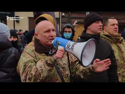Kyiv Demonstrators Attack Institutions Linked To Russia