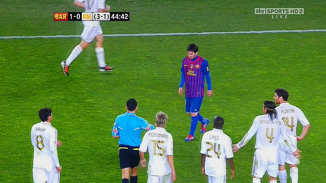 Download 5 Times Messi Destroyed Whole Real Madrid Team Alone  ►Single Handedly◄  ||HD||