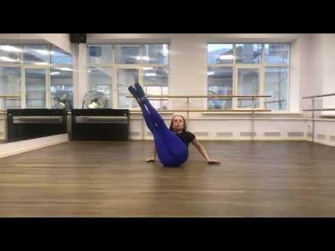 Комбинация для начинающих. Beginners' level strip dance combination