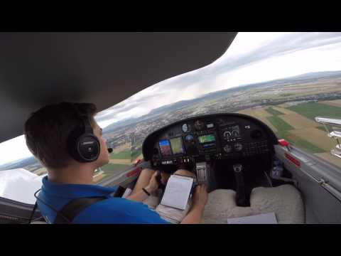 FIRST SOLO FLIGHT / DV20 E Katana || Aviation Academy Austria