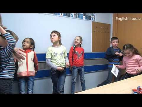 Present Continuous Questions game. Английский для детей
