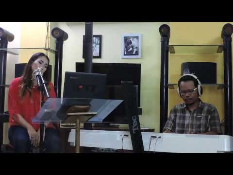 Jera  Agnes Monica cover by rani and akbar (The Pit)