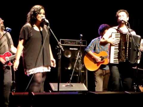 Marcelo Jeneci e Tulipa Ruiz - Pra Sonhar