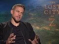 Hunnam quashes rumors of Pattinson beef