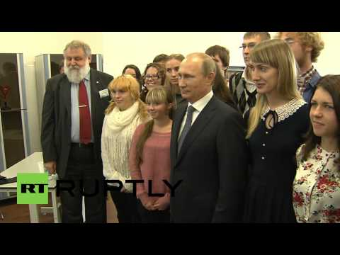 Russia: Putin attends lectures at Far Eastern Federal University