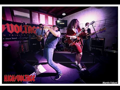 AC/DC Tribute Band - HIGH/VOLTAGE - Hell's Bells Live at Baraonda