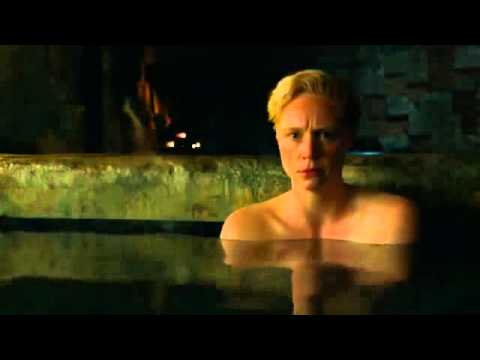 Jaime lannister and brienne 39 s bath scene game of thrones for Bathroom scenes photos