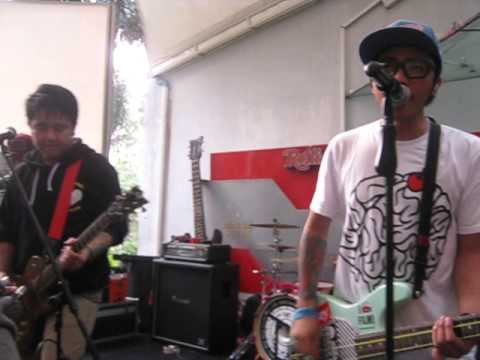 Pee Wee Gaskins - Date Night @ Rolling Stone Cafe (18/07/12)