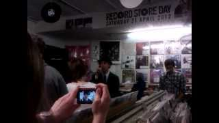 Maximo Park - Hips and Lips Acoustic.