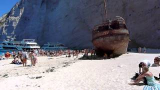 Бухта Навайо (Navagio Beach), остров Закинф, Греция.MOV(Бухта Навайо (Navagio Beach), остров Закинф, Греция., 2011-08-07T16:06:54.000Z)
