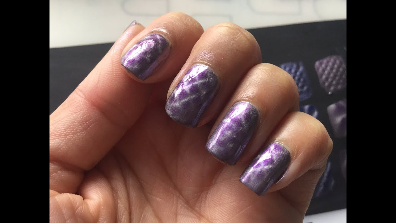 Sally Hansen Magnet Polish Review\