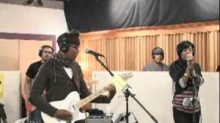 "Raphael Saadiq performing ""Good Man"" on KCRW at SXSW"