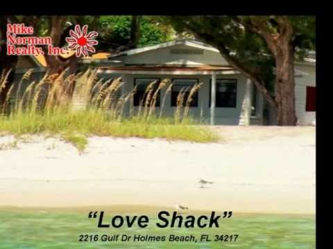The Love Shack, Ground Level 1 Bedroom Anna Maria Island Vacation Rental on the Beach