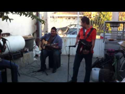 Los Parientes De Tijuana tenerte cerca