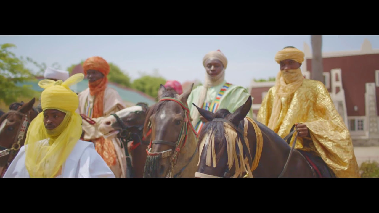 Download MORELL - AURE (OFFICIAL VIDEO)