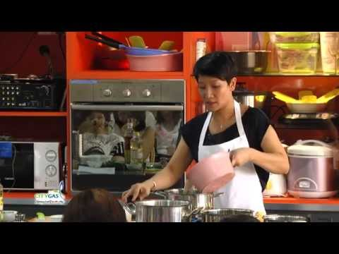 City Gas Cooking Classes 2014 - Thai Class by Chef Forest Leong
