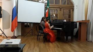 Хусаинова Малика (фортепиано - 3 месяца обучения )