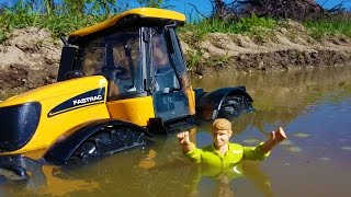 BRUDER Tractor MUD trouble! JCB Fastrac ride problems!
