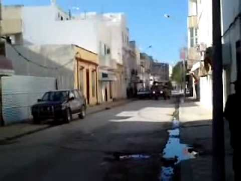 sniper vs militaire a bizert 18.01.2011