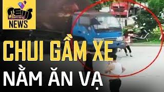 Cố tình lao vào xe tải, bò xuống gầm để ăn vạ | Sen Vàng News