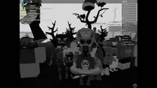 Joining Temprist And MisterAwake I Roblox : The Family Party!