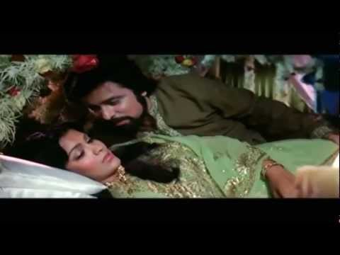 Maine Poocha Chand Se - Mohammad Rafi - Abdullah (1980) - HD