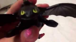 Toothless how to train your dragon toys