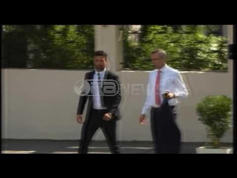 Ora News – Christian Panucci në Tiranë, pritet prezantimi si trajneri i ri i kombëtares shqiptare