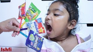 Funny Toddler Ishfi Learn Colors with Candy