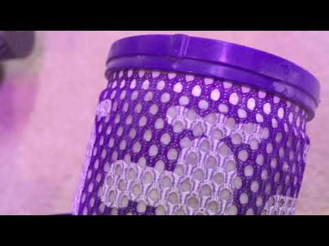 Dyson Cyclone V10 absolute bin and filter cleaning