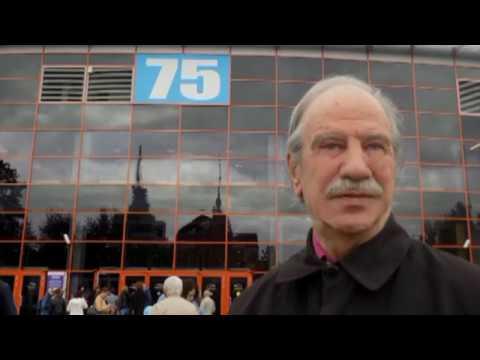 Смотреть видео Юбилейный вечер Константина Кедрова (фрагменты)